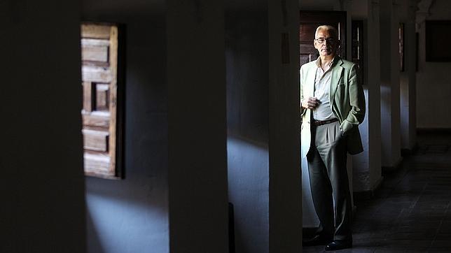 José Manuel de Bernardo Ares: «Estamos desnortados»