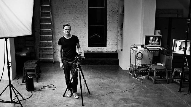 Bryan Adams combina la música con su labor como fotógrafo