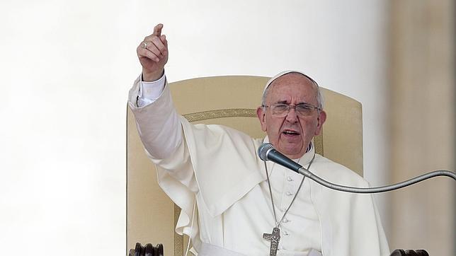 El Papa advierte: «Si sigues la vía del dinero, al final serás un corrupto»
