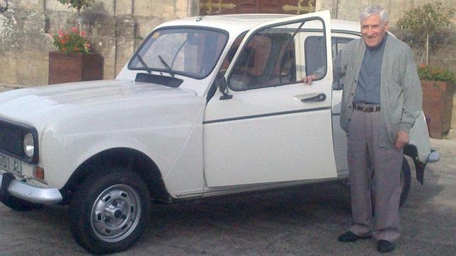 «El Papa debe tener mucha fuerza para conducir un Cuatro Latas»