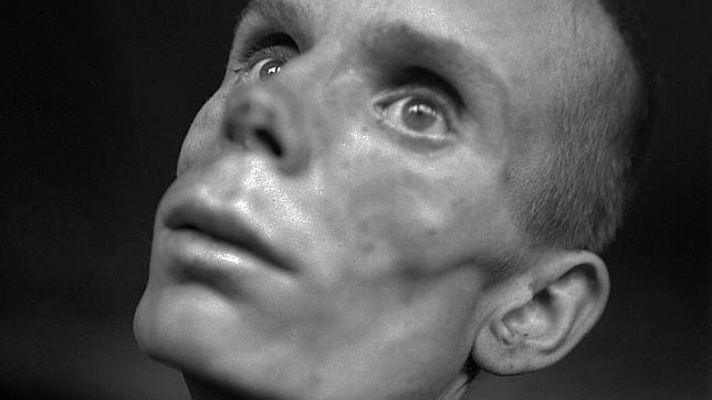Carlos Sentis, el periodista de ABC que experimentó «la locura» de Dachau