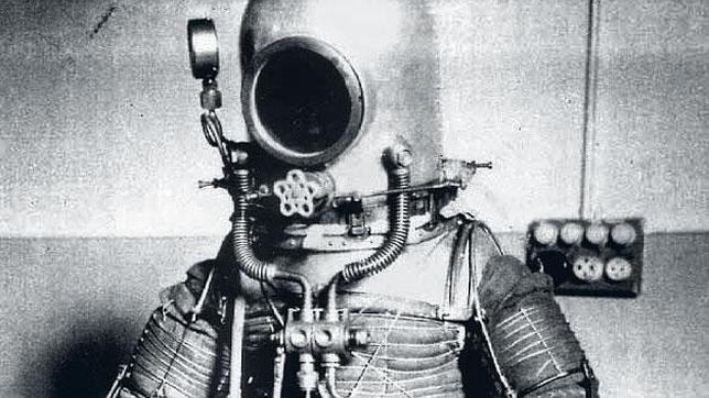 Emilio Herrera inventó el primer traje espacial