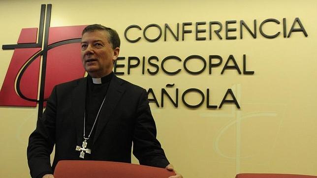 El portavoz de la Conferencia Episcopal Española, Martínez Camino, ha asegurado que la beatificación de 522 mártires no es un «acto político ni reivindicativo»
