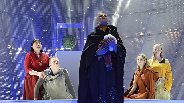 Otra escena de la ópera «Sky Disc», de Ramón Humet