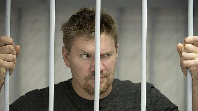 Moscú acusa a los activistas de Greenpeace de poner en peligro la vida de los trabajadores de la plataforma Prirazlomnaya