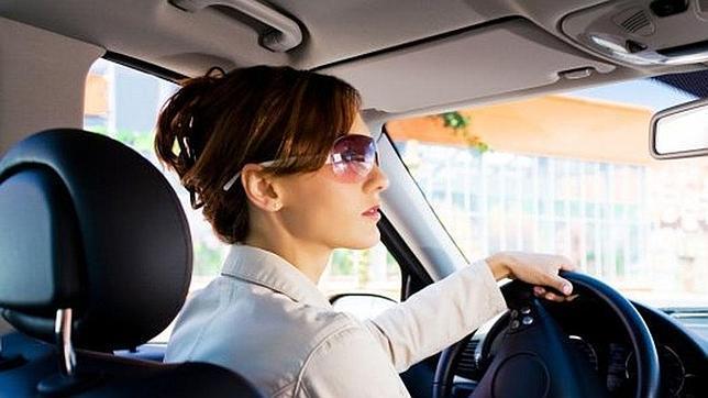 Una sentencia considera probado que las mujeres son más torpes al volante