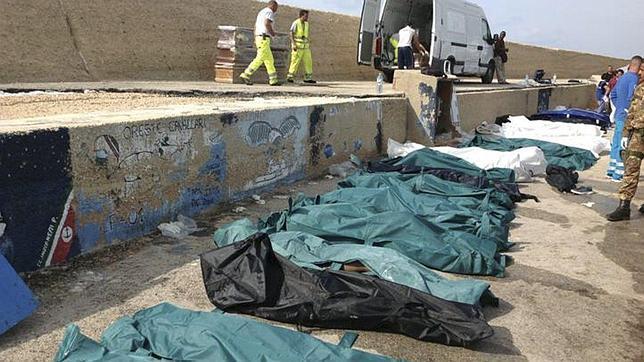 El Papa Francisco, ante el naufragio de Lampedusa: «Sólo me viene la palabra vergüenza, es una vergüenza»