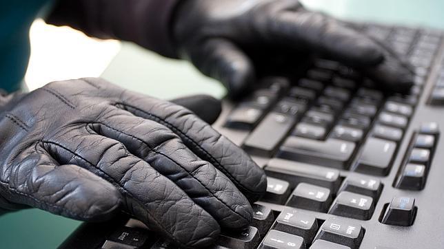 Microsoft da 100.000 dólares al hacker que diseñó un ataque para Windows 8.1
