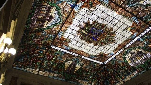 El Patio de Cristales de la Casa de la Villa se «muda»