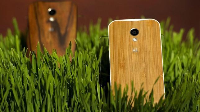 El Moto X es «más innovador» que los iPhone 5S y 5C