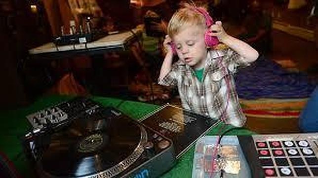 Bebés DJ, la última moda entre los padres de Nueva York - ABC.es