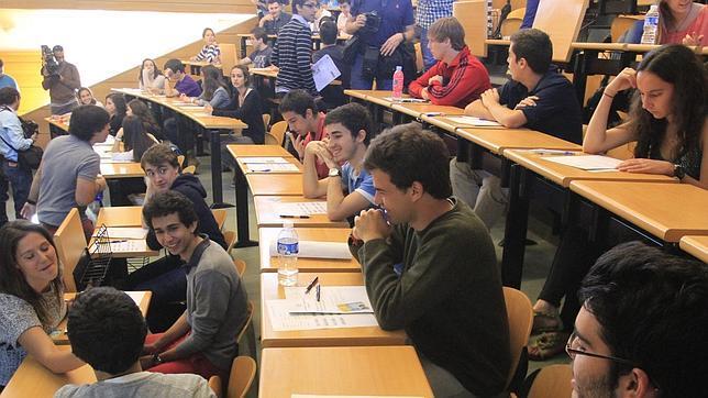 Los estudiantes de la UOC, satisfechos con la educación a distancia