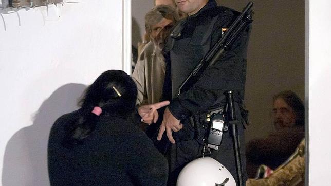 La policía para en la calle hasta diez veces más a gitanos y magrebíes
