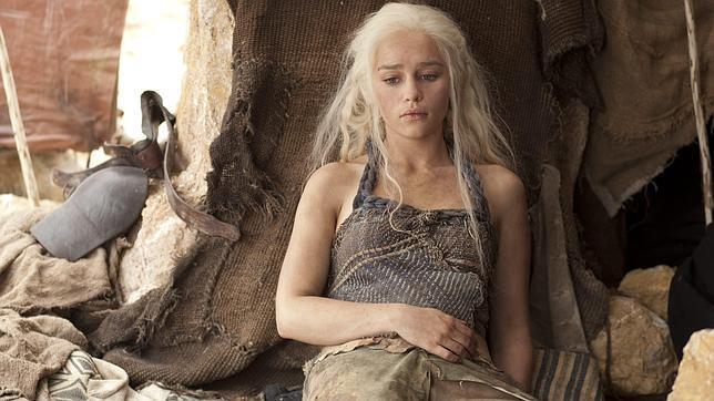 A Emilia Clarke, de «Juego de Tronos», le diagnostican un aneurisma cerebral