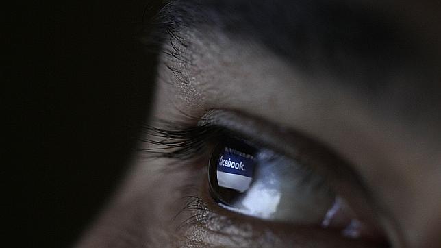 Cómo blindar tu Facebook a extraños