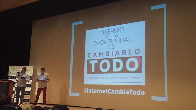 «Internet cambia todo» llega a Valencia