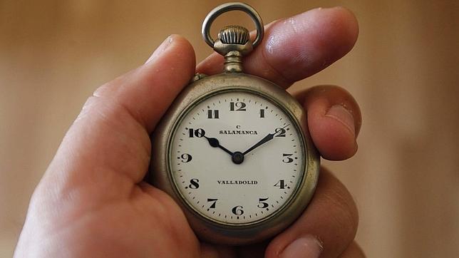 Cuarenta años cambiando la hora