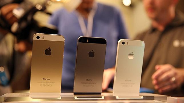 Apple admite que algunos de los iPhone 5S tienen un problema de batería