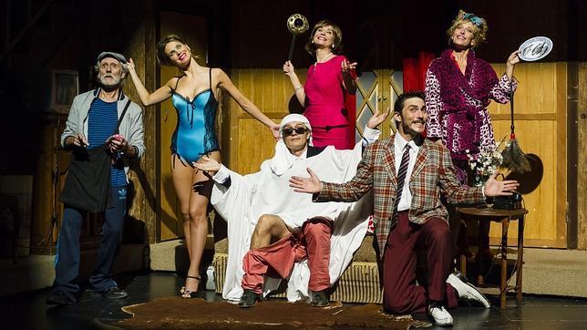 «¡Qué desastre de función»: actores en la trastienda