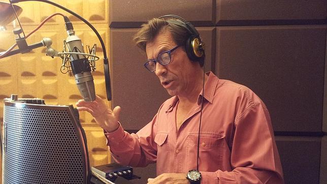 Ramón Langa, durante la grabación de «Operasiones Espesiales»