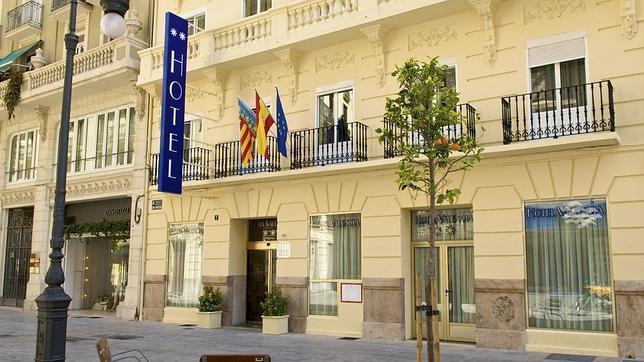 Un hotel de Valencia ofrece wifi portátil gratis por toda la ciudad para atraer turistas