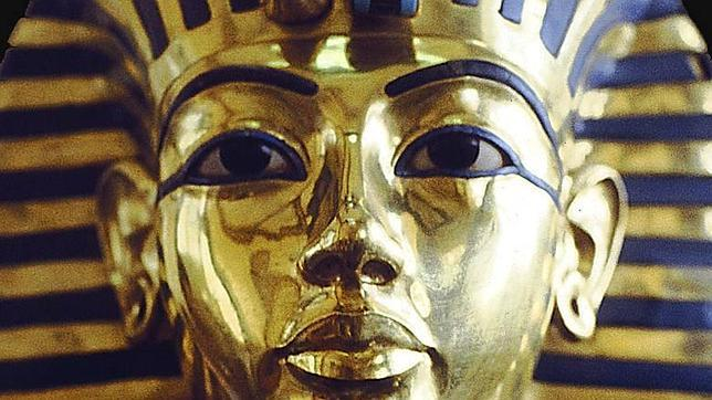 Tutankamón murió en un «accidente de tráfico»
