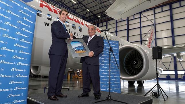 Air Europa pide valoraciones para estudiar su salida a Bolsa