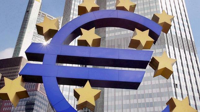 El BCE baja los tipos de interés al 0,25%, nuevo mínimo histórico