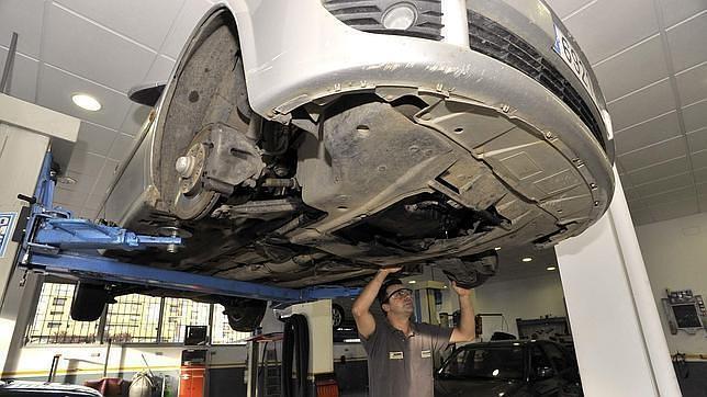 El fraude en el seguro del coche cuesta al resto de conductores 38 euros más al año
