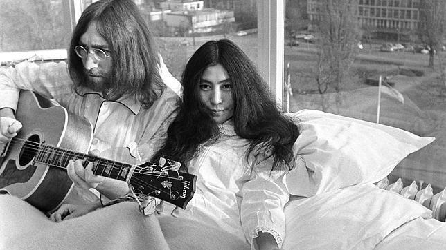 Lennon y Yoko en el Hotel Hilton de Amsterdam, en 1969