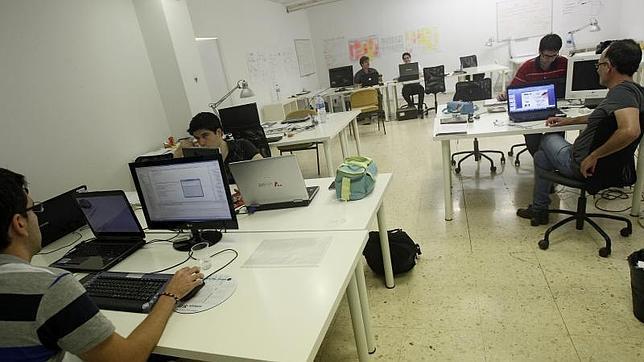 Aumenta la confianza de los trabajadores jóvenes ocupados en encontrar otro empleo