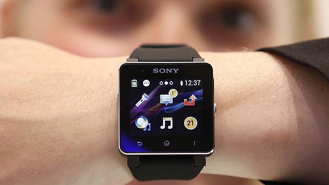 Los consumidores prefieren los «smartwatch» antes que las gafas
