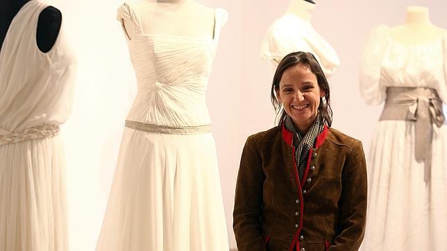 Carmen Halffter, la diseñadora que hace de los vestidos de novia arte