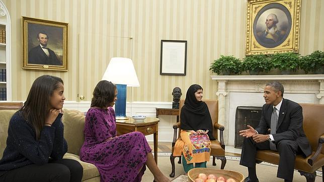 Las escuelas privadas de Pakistán prohíben el libro de Malala