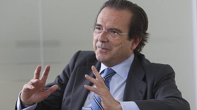 Juan Antonio Gómez Angulo en los toros bilaketarekin bat datozen irudiak