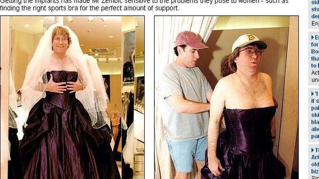 Hombre vestido de mujer apuesta