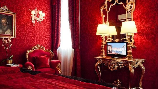 Chicas sexy en habitaciones de hotel