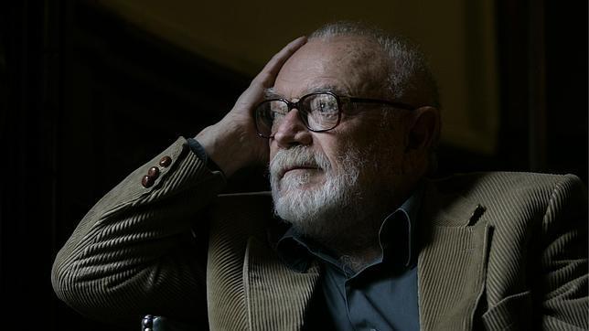 Mario Muchnik.