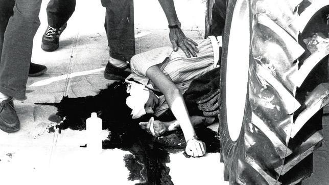 María Dolores Catarain «Yoyes» yace muerta tras ser asesinada por «Kubati» en Ordicia