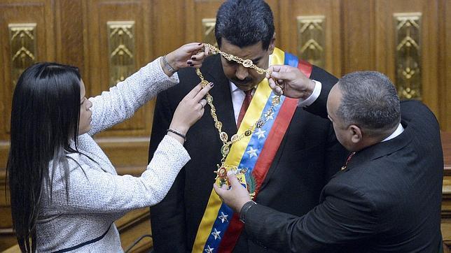 Trifulca entre Maduro y las hijas de Chávez por la residencia oficial