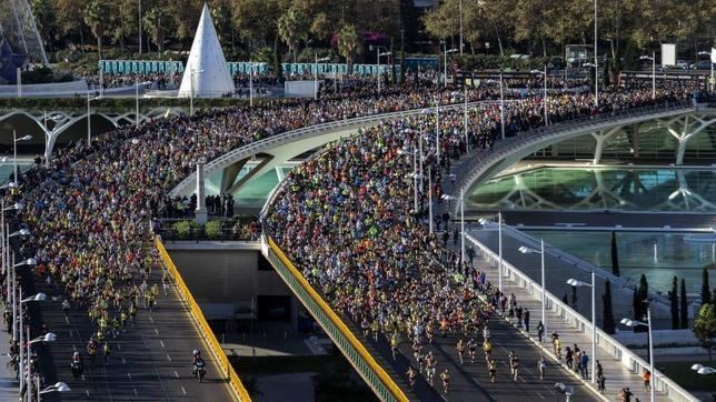 Vanessa Veiga fue sexta en la Maratón de Valencia y la primera española