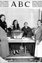 Las «valientes» mujeres que fueron a votar en 1933