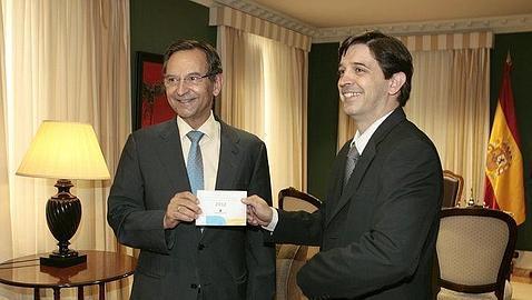 El Gobierno de Canarias reconoce que se desvía dinero de I+D+i para la TV