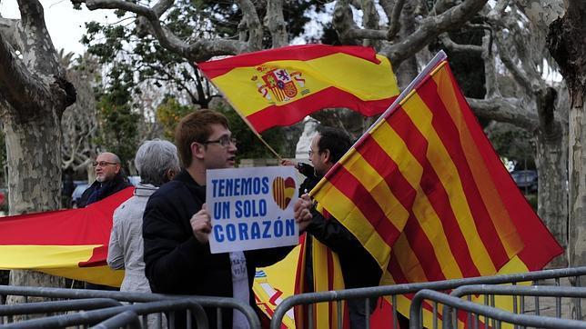 Una concentración en Barcelona a favor del uso del castellano en Cataluña
