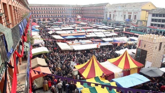 El Mercado Medieval se muda de la Corredera a la Ribera