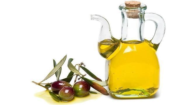 La UE aprueba normas más estrictas en el etiquetado de aceite de oliva para evitar engaños