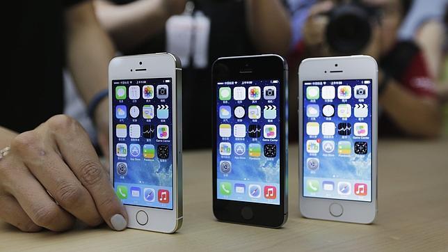 Se fabrican 500.000 iPhone 5S al día