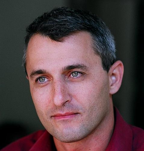 Eshkol Nevo, escritor israelí.