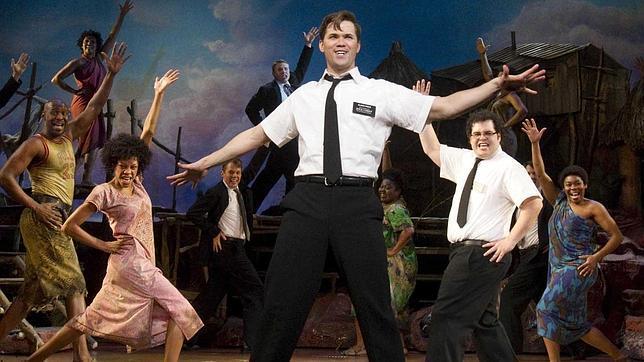 Un momento del musical The Book of Mormon