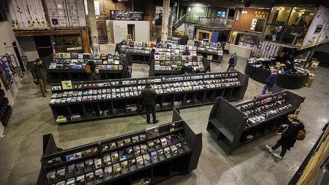 CD's y vinilos en un almacén de Williamsburg